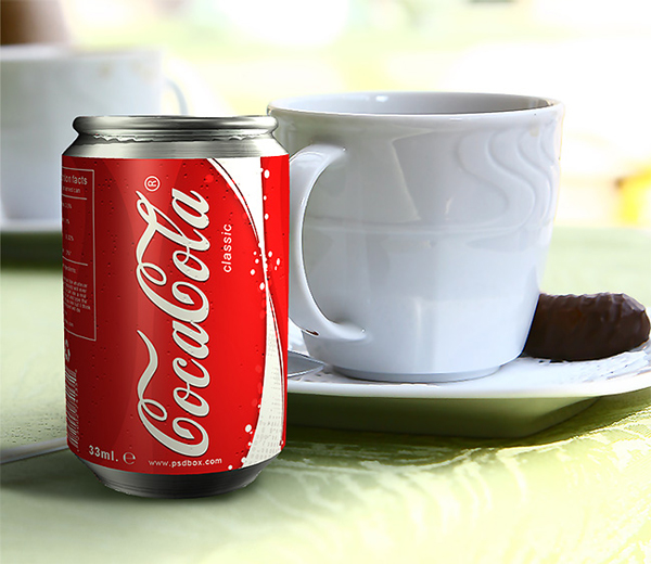 Realistic 3D Coca Cola Can in Photoshop