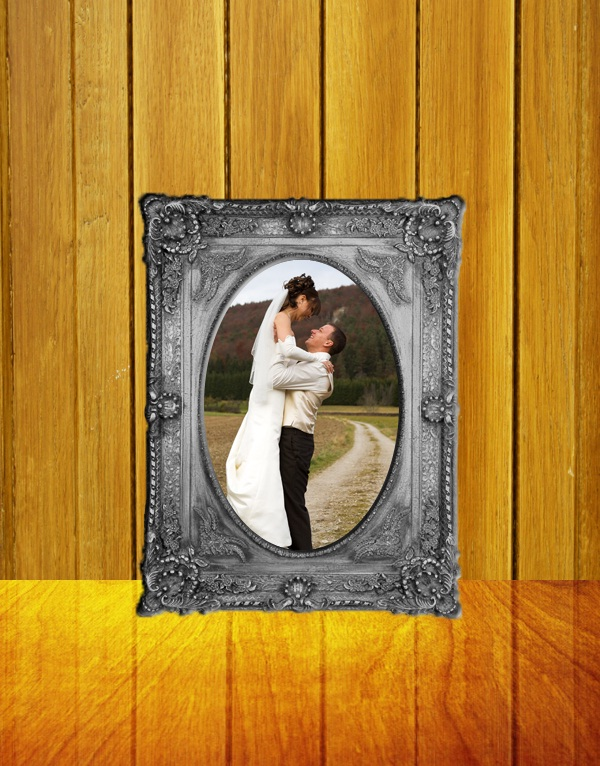 Learn How to Create a Melting Photo frame in Photoshop
